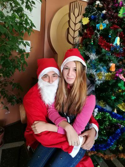 Коледна елха 2017г. - ПГ Марин Попов - Севлиево